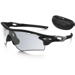 RadarLock Path Polished Black / Clear Black Iridium Photochromic (OO9181-36)